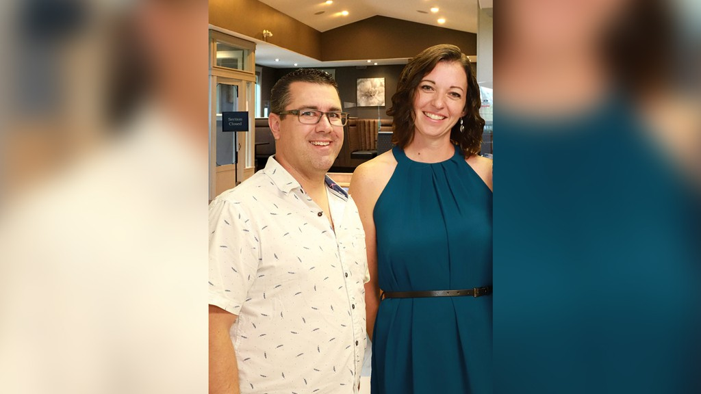After four months of locked doors and quiet kitchens, Norton restaurant Up to Par has reopened, and its new owners have plans to bring the establishment up to its full potential. Business couple Chris and Amanda Smith opened the restaurant July 24.