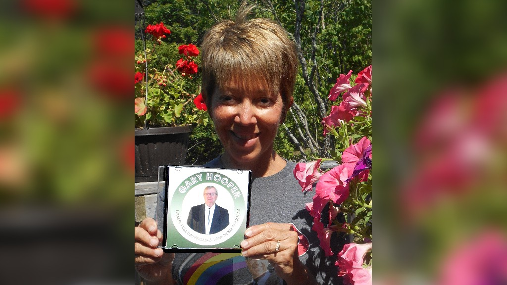 Tammy Morris came by from Morris Music to deliver Gary Cooper's new two-song CD, Gerry Taylor writes.