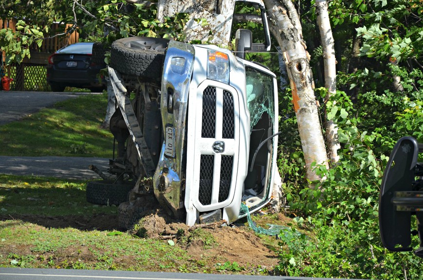 Emergency crews responded to a single-vehicle rollover crash Thursday along Wellington Street in Miramichi's Taintville neighbourhood.