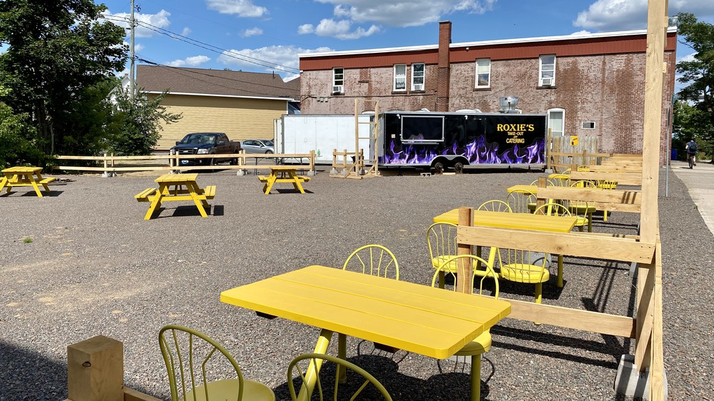 A new dining experience is slated to open on Aug. 14. Roxie's will blend the comforts of a dine-in restaurant and affordable take-out joint, owner Don Mac Lellan says.