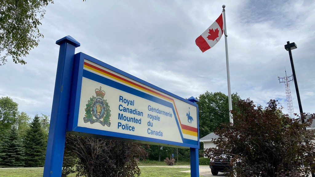 Hampton RCMP receivedfewercalls for service in Septembercompared to a very busy August, according to a report presented to council on Tuesday.