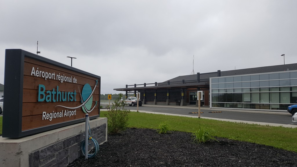 The service commission covered a number of topics during its monthly meeting at the K.C. Irving Regional Centre in Bathurst, which spanned the Chaleur region as a place to train new coast guards, to a snow removal equipment for the Bathurst Regional Airport, and a new community billboard.