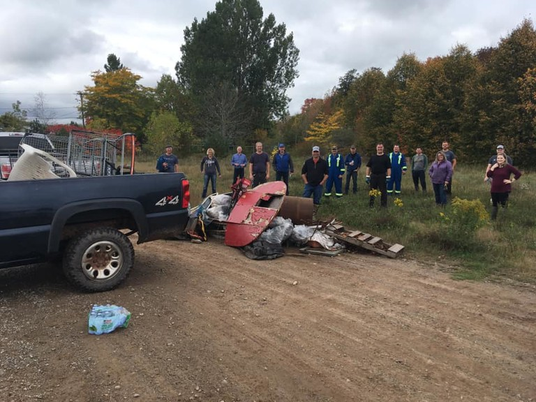 About 19 volunteers from the Sussex area cleaned up more than 498 kilograms of discarded trash as part of the annual Great Canadian Shoreline Cleanup.