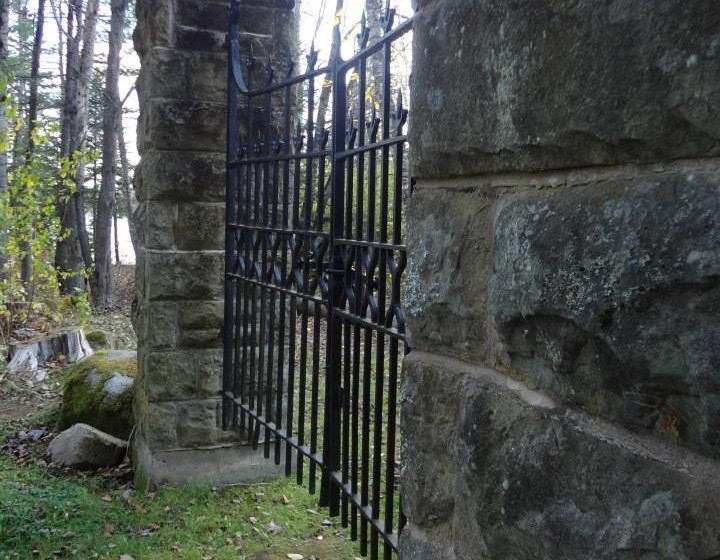 The Friends of Beaubears Island and Scottish Heritage Association will host a Graveyard Walk on Saturday from 7 to 10 p.m. at Wilson's Point Historic Site.