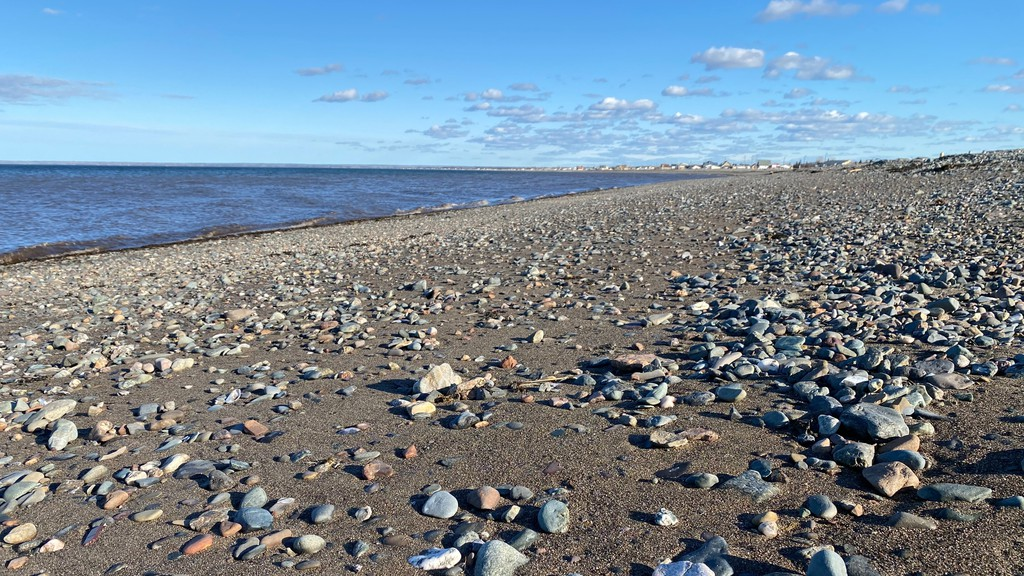 The Chaleur Regional Service Commission approved a coastal erosion study for several communities in the region.