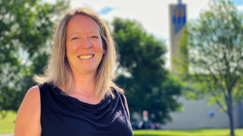 Université de Moncton biology professor Anne-Marie Dion-Côté specializes in evolutionary genetics and does research with fish. She is part of a team looking at genetics and higher rates of heart attacks among Acadians.
