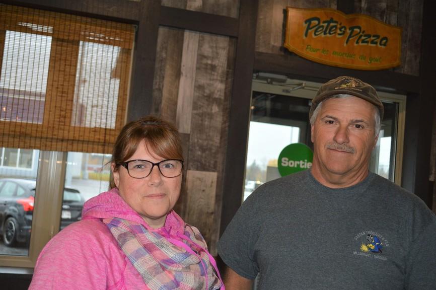 Manager Nathalie Levasseur and Gaétan Thériault, owner of Pete's Pizza.
