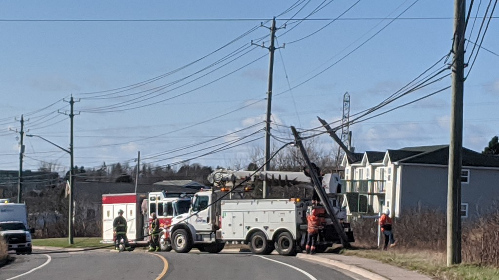 Crews attended a power pole on Loch Lomond Road Wednesday afternoon.