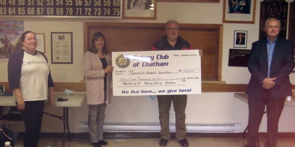 The Miramichi Regional Hospital Foundation purchased a new ultrasound machine thanks to a donation from the Rotary Club of Chatham.