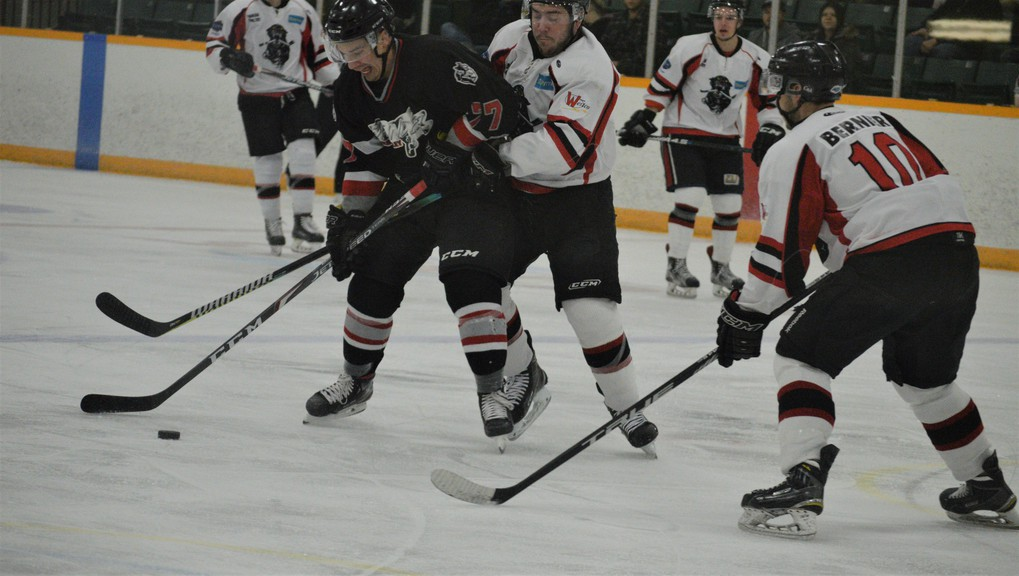 The River Valley Thunder will return to the ice for its first home game in the Senior A Regional Hockey League on Saturday, Dec. 5 at the River Valley Civic Centre in Perth-Andover.