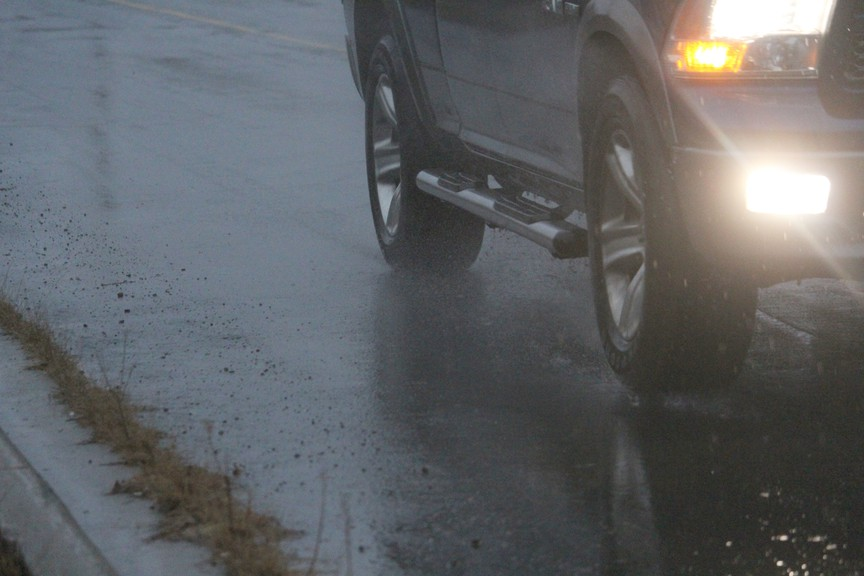 The Bathurst Police Force is asking motorists to avoid non-essential travel Tuesday evening, when heavy rain is expected in the region.