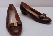 Womens Vintage Salvatore Ferragamo Boutique Lizard Skin Signature Bow Pump Heels