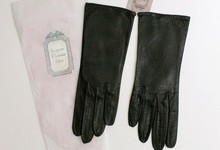 Vintage 1950's Christian Dior Kid Leather Wrist Length Gloves