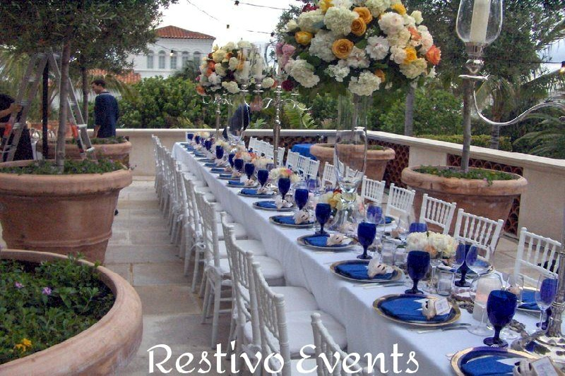 Snappy white and blue outdoor event, west palm beach
