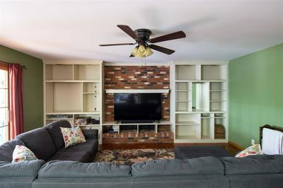 149 PARTRIDGE DR, Russell, KY 41169 - Photo 2