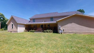1034 CEDAR POINT CIR, Catlettsburg, KY 41129 - Photo 2
