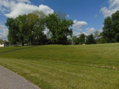 170 LAKEPOINT DR, GRAYSON, KY 41143 - Photo 2