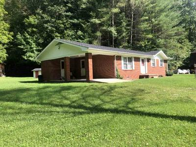 980 LITTLE PERRY RD, Morehead, KY 40351 - Photo 2