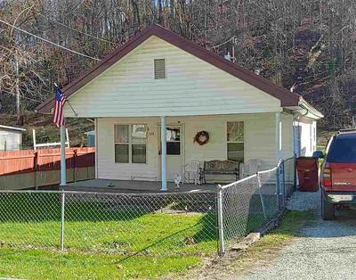 528 N 4TH ST, Flatwoods, KY 41139 - Photo 1