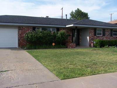 1412 MARIGOLD ST, Borger, TX 79007 - Photo 2