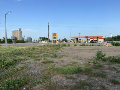 401 W 1ST ST, Claude, TX 79019 - Photo 2