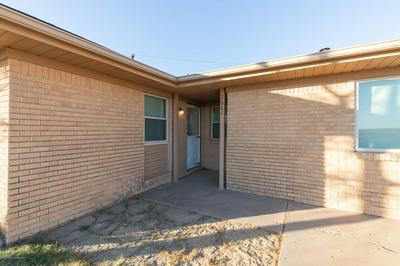 1611 OAK AVE, Panhandle, TX 79068 - Photo 2