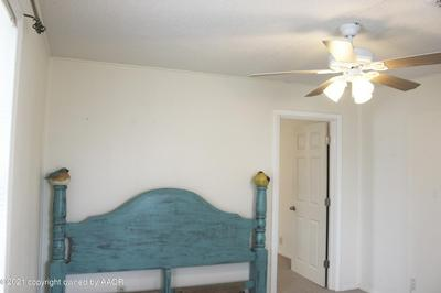206 W 4TH ST, Panhandle, TX 79068 - Photo 2