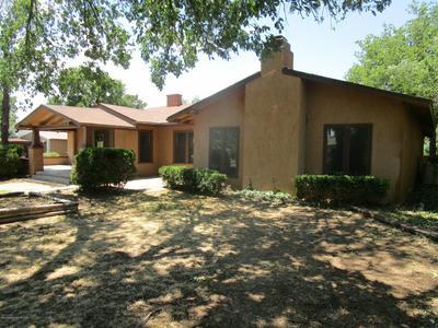 409 S MADDEN ST, Shamrock, TX 79079 - Photo 1