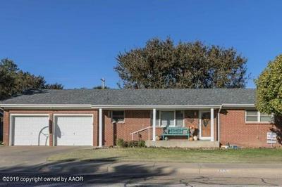 1207 N CHESTNUT ST, Stratford, TX 79084 - Photo 1