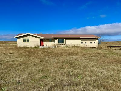 8351 COUNTY ROAD 1, Mobeetie, TX 79061 - Photo 1