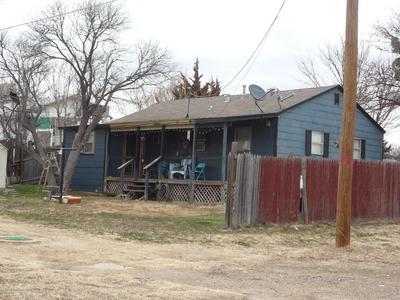 209 CALICHE ST, Borger, TX 79007 - Photo 2