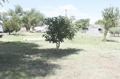 703 OAK AVE, Panhandle, TX 79068 - Photo 1