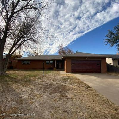 1807 FLOYDADA 1807 ST, Plainview, TX 79072 - Photo 2