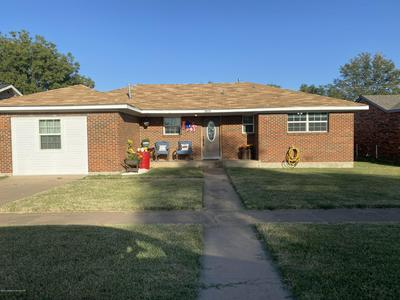 905 S WILLIAMS AVE, Stinnett, TX 79083 - Photo 1