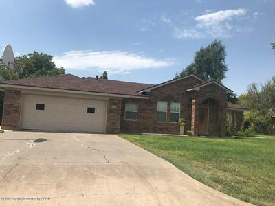 2314 TEXAS ST, Perryton, TX 79070 - Photo 2