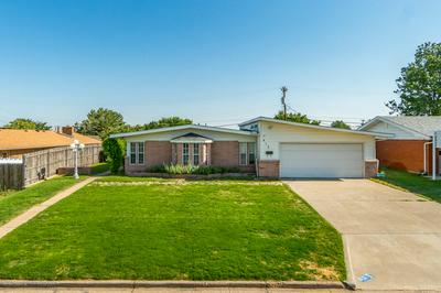 812 BAGWELL ST, Borger, TX 79007 - Photo 1
