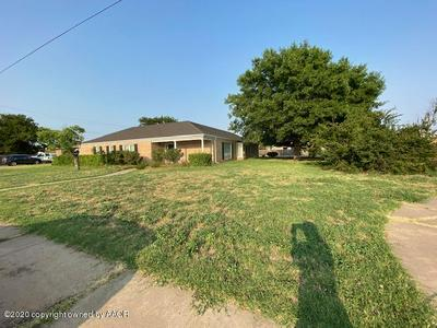 1221 W BRADFORD ST, Memphis, TX 79245 - Photo 2