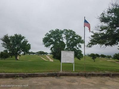 20 PORTER DR, Clarendon, TX 79226 - Photo 2