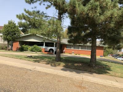 417 BAYLOR ST, Borger, TX 79007 - Photo 1