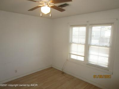 602 S LONGWOOD AVE, Fritch, TX 79036 - Photo 2