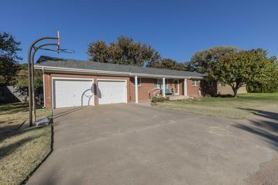 1207 N CHESTNUT ST, Stratford, TX 79084 - Photo 2