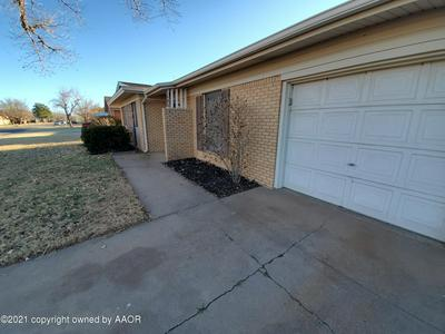 1605 MAPLE AVE, Panhandle, TX 79068 - Photo 2