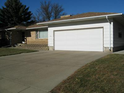 218 11TH AVE NW, Aberdeen, SD 57401 - Photo 2