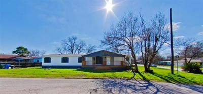 2025 PECAN ST, Bastrop, TX 78602 - Photo 1