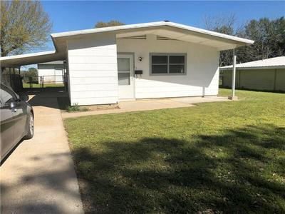 718 HOGAN DR, Rockdale, TX 76567 - Photo 1