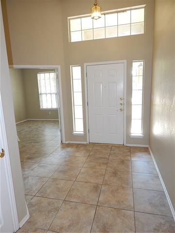 1110 LAUREL GLEN BLVD, Leander, TX 78641 - Photo 2