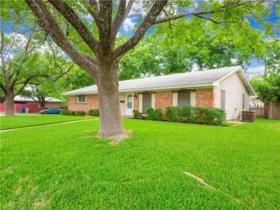 1812 OHLEN RD, Austin, TX 78757 - Photo 2