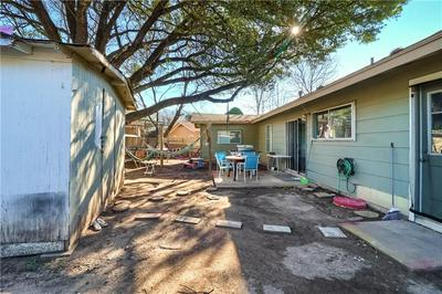 208 E LONGSPUR BLVD, Austin, TX 78753 - Photo 2