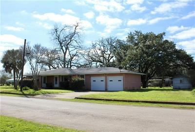 729 N MAIN ST, LEXINGTON, TX 78947 - Photo 2
