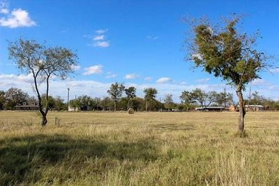 2275 BORCHERT LOOP, Lockhart, TX 78644 - Photo 2